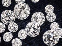 〔婚約指輪の選び方〕ダイヤモンドの選び方で重要なポイント3つ!