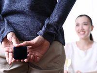 婚約指輪の渡し方!彼女が喜ぶサプライズなプレゼント方法5パターン