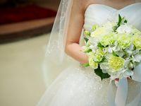 ウェディングドレスの選び方!体型や雰囲気にあう人気の種類・デザイン