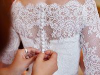 ナチュラル花嫁の絶対的支持!「メゾンスズ」のウェディング&カラードレスがやっぱり可愛い♪