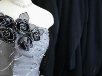 \大人花嫁さんの絶対的支持/グレーのウェディングドレスが、今可愛い!
