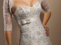 お色直しで着たい♪お花プリントのガーリーウェディングドレス
