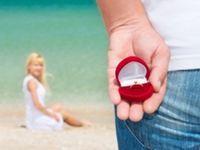 男女間でミスマッチあり!?プロポーズにおける男性の悩みと女性のホンネ