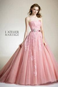 367e9438b97db ウェディングドレス掲載数は国内最大!レンタルや購入、試着ができる人気 ...