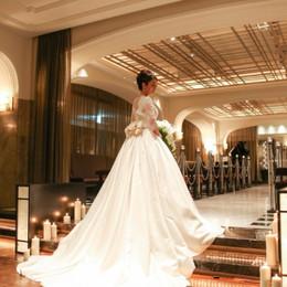 【結婚式拝見】重要文化財に映えるゴールドを散りばめた「大人クラシカル」ウェディング
