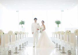 【結婚式拝見】これぞ王道!「ラ・スイート神戸」で叶えたエレガントなウェディング