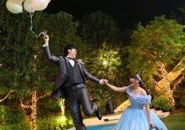 【結婚式拝見】「青山迎賓館」で幼い頃からの夢をトコトン実現したコンセプチュアルウェディング
