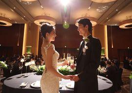 【結婚式拝見】ドレスが映える長身カップルの「コンラッド東京」ラグジュアリーウェディング