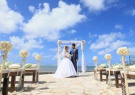 【結婚式拝見】ハワイウェディング+国内1.5次会!欲張りスタイルでみんなの夢が叶った結婚式