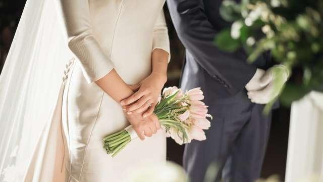 dc0477eaa0861 結婚式お呼ばれゲスト<女性向け>アクセサリーのマナー