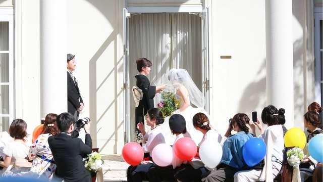 結婚式のベールダウン