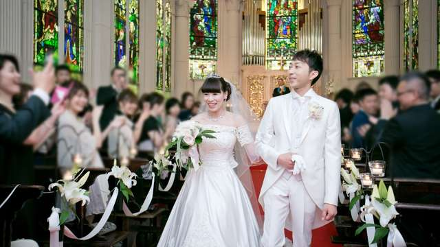 ザ・ガーデンコートなんばパークス モン サンミッシェル 大聖堂の結婚式