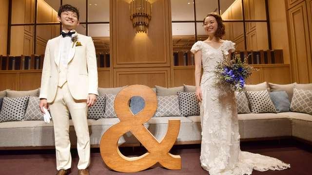 結婚式のスレンダードレス
