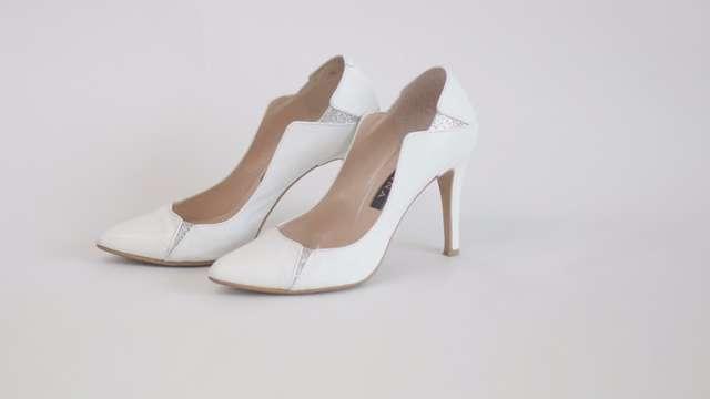 結婚式向け靴・パンプスホワイト