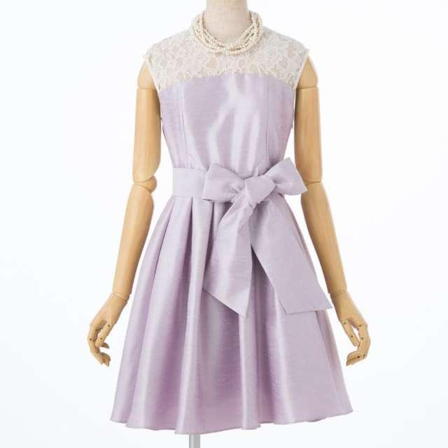 20代向けピンクドレス