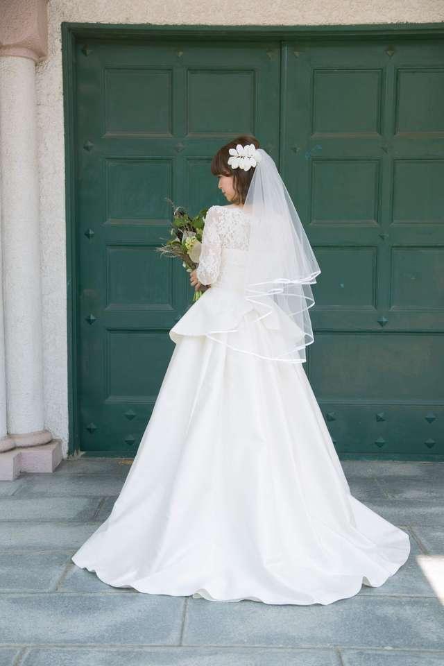 結婚式のAuthentiqueのウェディングドレス