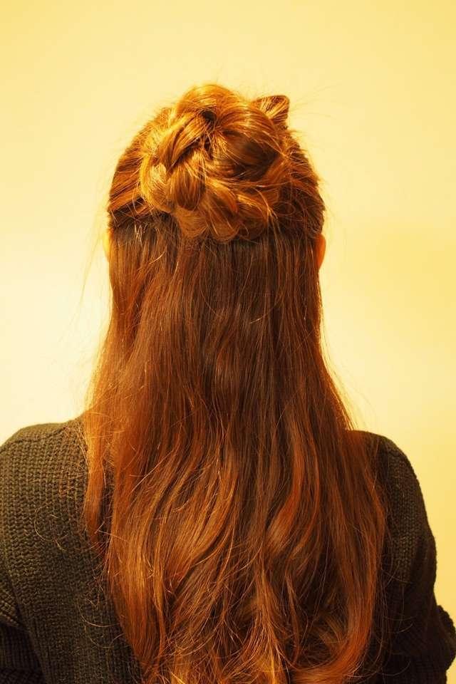 結婚式ゲスト髪型のハーフアップ