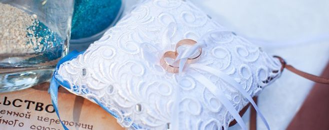 結婚指輪を購入する時期はいつ頃?誰が負担する?