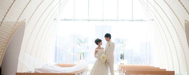 【結婚式拝見】準備期間はたった5カ月! ポイントを絞ってこだわった上質で華やかなホテルウェディング