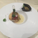 魚料理もオシャレです