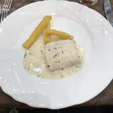 魚料理とポテト
