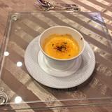 名物の小海老と雲丹のクリームスープ