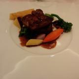 柔らかいお肉とフォアグラでした。