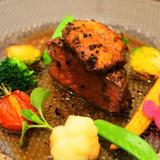 お肉とフォアグラにトリュフソース