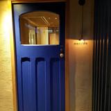入り口の可愛らしい扉