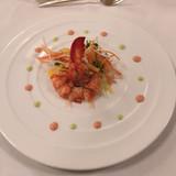 前菜 オマール海老のサラダ