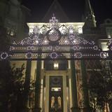 夜の正面玄関