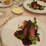 メインの肉料理 イチボとサーロイン