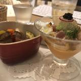 前菜とステーキ