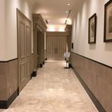 最上階チャペルと披露宴会場を繋ぐ廊下