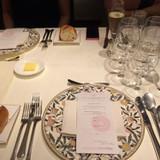 披露宴と全く変わらない料理の質とサービス