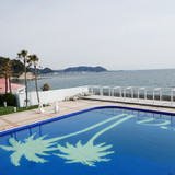 披露宴会場から外にみえる江ノ島