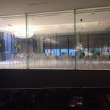 360度ガラス張りの式場