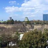 チャペルから見える大阪城