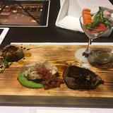 ご飯、お魚、お肉、お野菜の四種類。