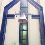 関学ロゴ入りの鐘