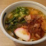 敷地内で名古屋グルメも食べられます