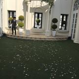 ブーケトスの中庭