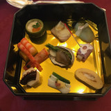 前菜は和な感じの料理でした。