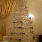 シャンパンタワー用のグラスタワー