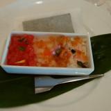 海の恵みの宝石箱。海苔巻きして食べました