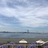 名古屋港が見渡せます。