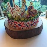アリスのウエディングケーキです