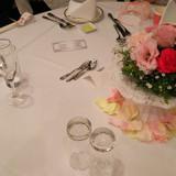 テーブルの装飾です。花は頂きました。