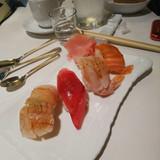 寿司ブッフェのお寿司が1番美味しかった。