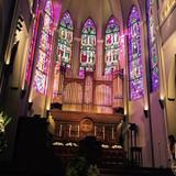 大聖堂で生演奏してもらいました。